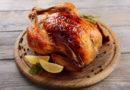 Курица, запеченная в духовке целиком с хрустящей корочкой