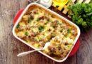 Горячее блюдо на Новый год 2020: картофель с сыром и мясом (6 очень вкусных рецептов)